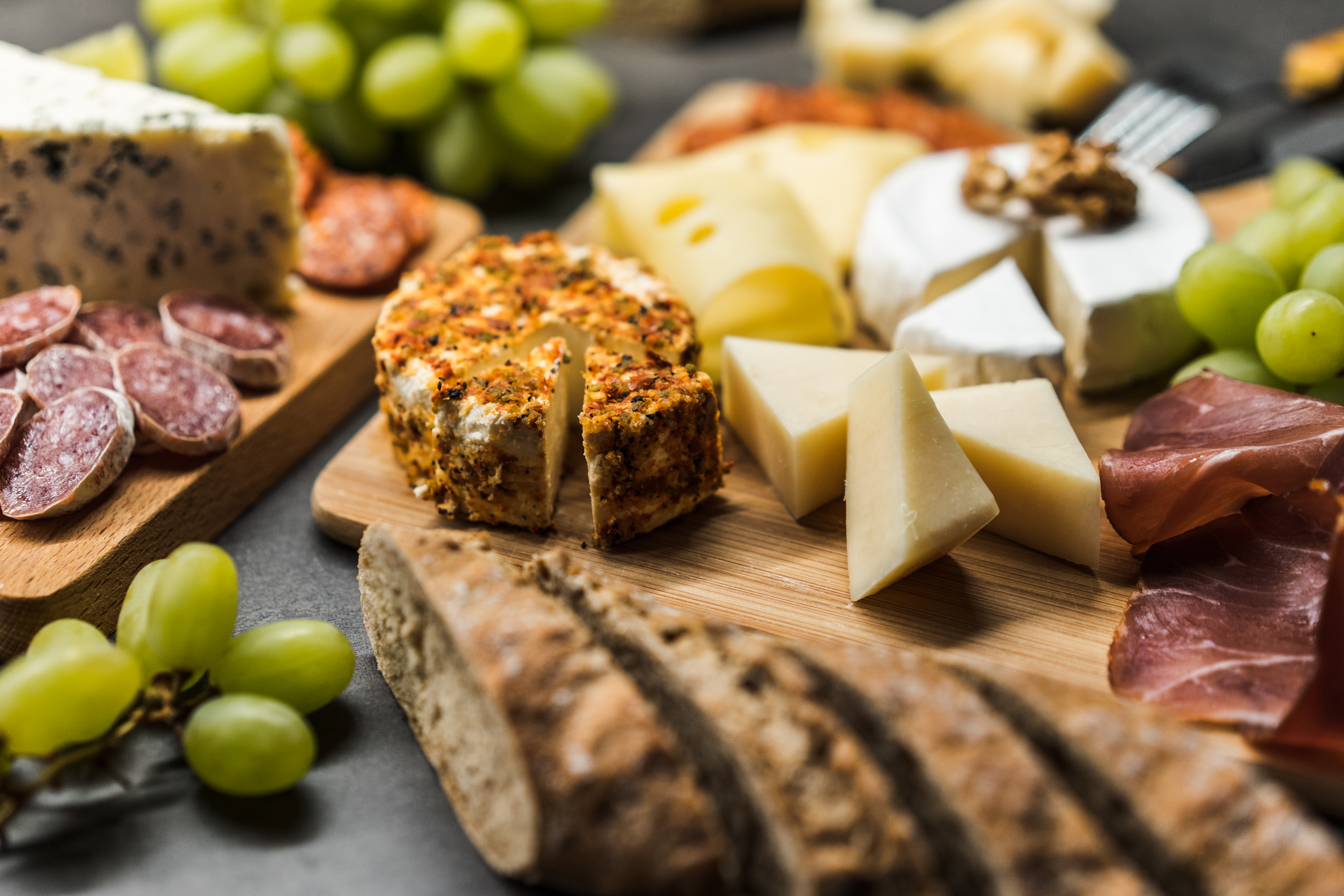 cheese-plate-close-up-picjumbo-com.jpg